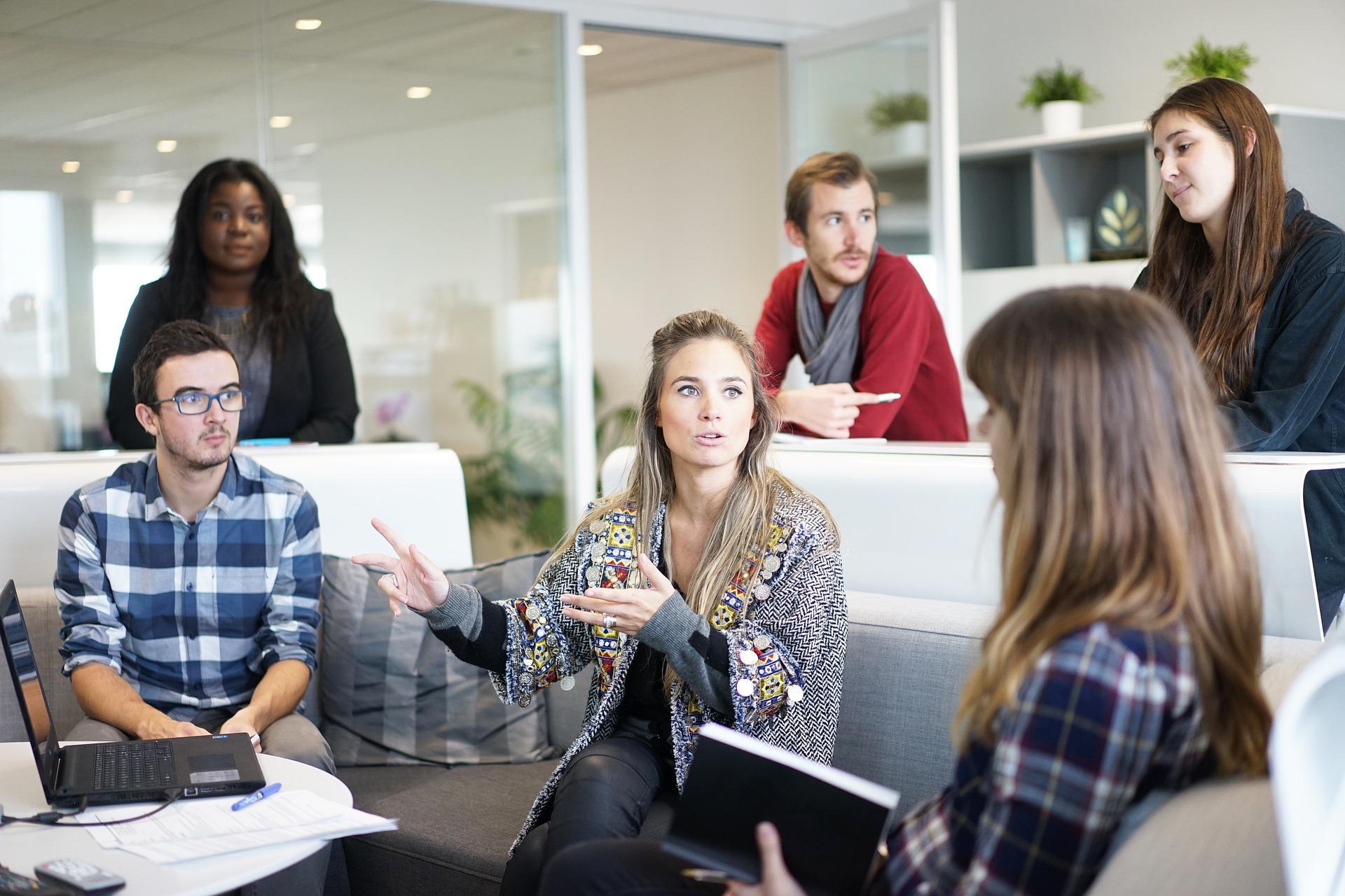 10 ключа към ефективна комуникация с клиентите